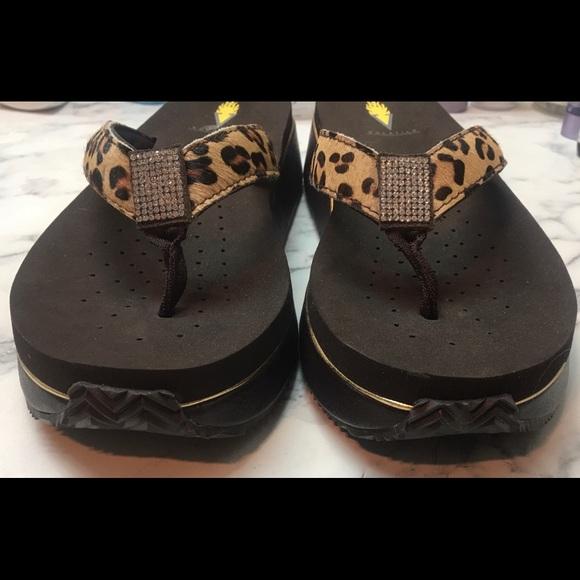 Volatile, leopard print, flip flip wedge sandals,9